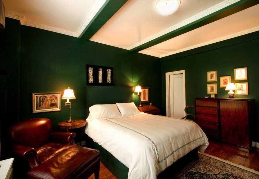 10 gorgeous green bedroom interior design ideas https for Green paint for bedroom