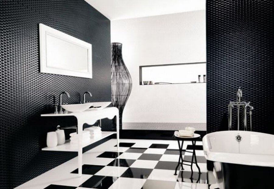 traditional-black-and-white-bathroom-24