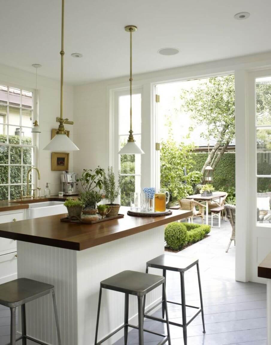 10 fascinating airy kitchen interior design ideas https for Cocinas con vista al jardin