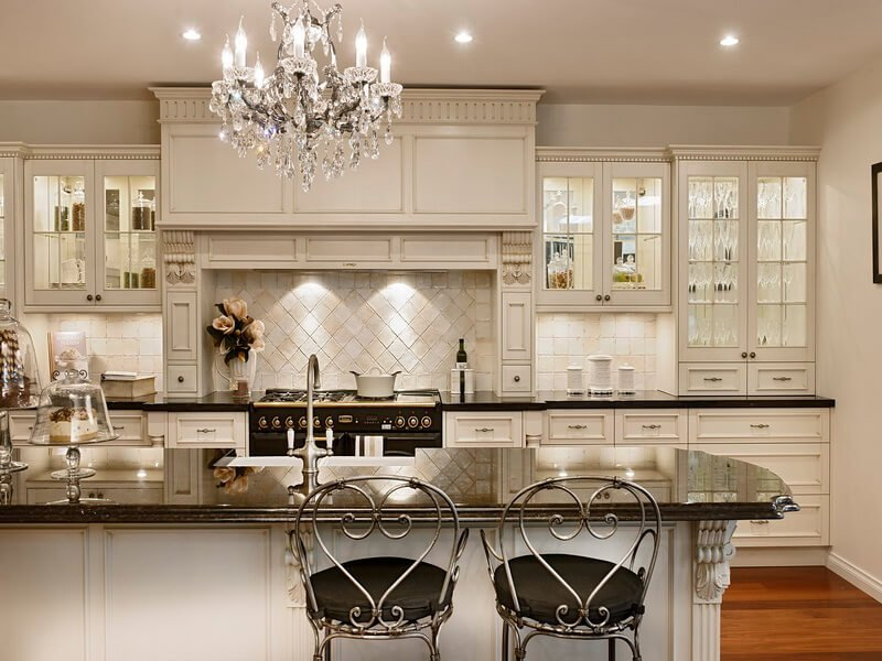 10 astonishing interior design ideas with chandelier for French country kitchen chandelier