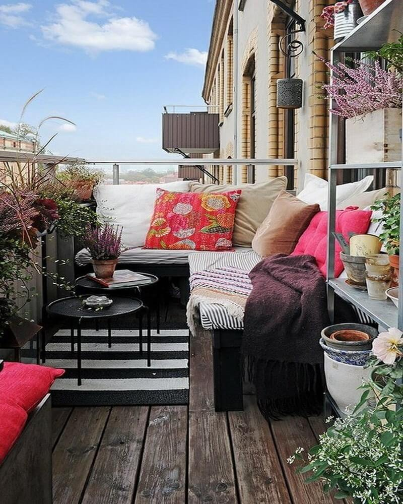 Decorating A Small Living Room Dining Room Combination: 10 Charming Small Balcony Decoration Ideas