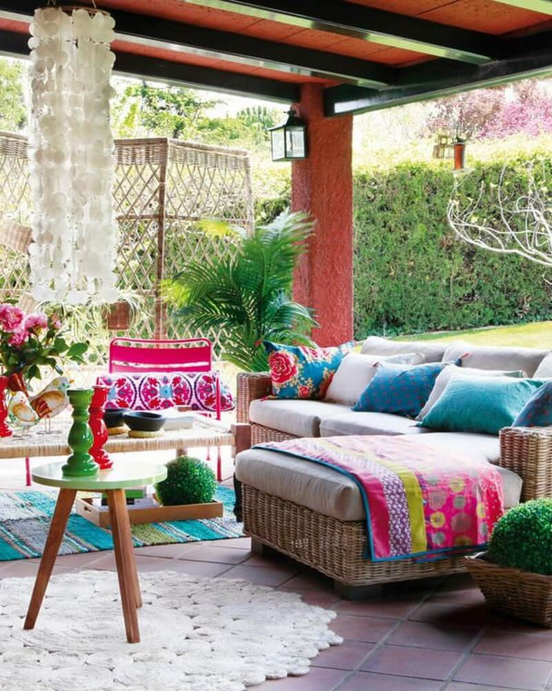 Colorful Cozy Spaces: 10 Charming Bohemian Patio Design Ideas