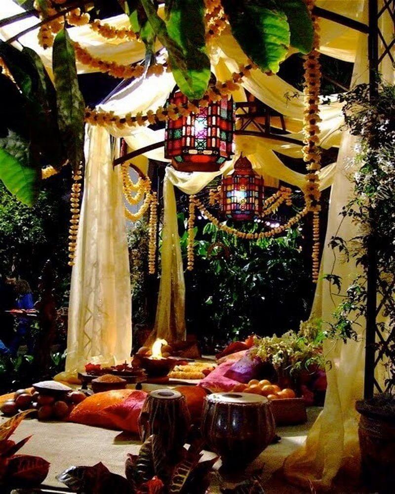 10 Charming Bohemian Patio Design Ideas