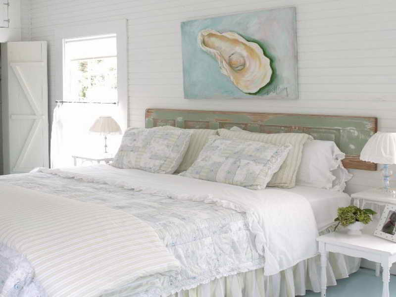 10 Cool Beach Inspired Bedroom Interior Design Ideas