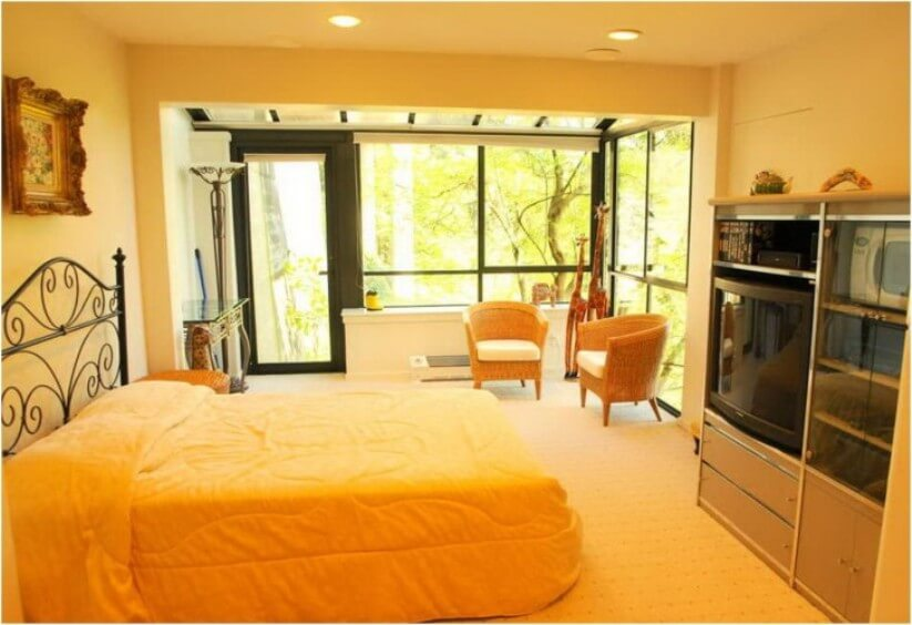 Warm, Inviting Yellow Bedroom
