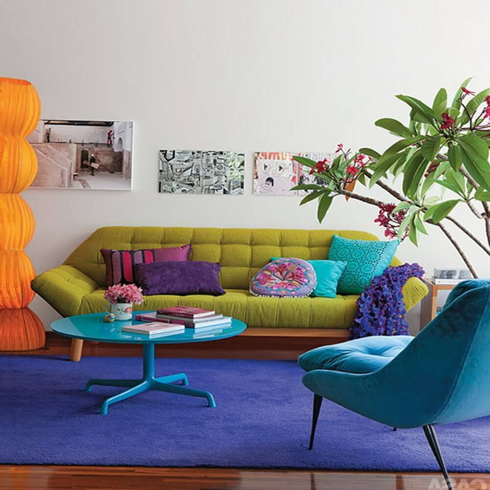 10 Cheerful Interior Design Ideas With Colorful Sofa