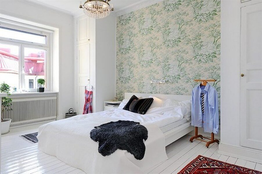 Chic floral Scandinavian bedroom