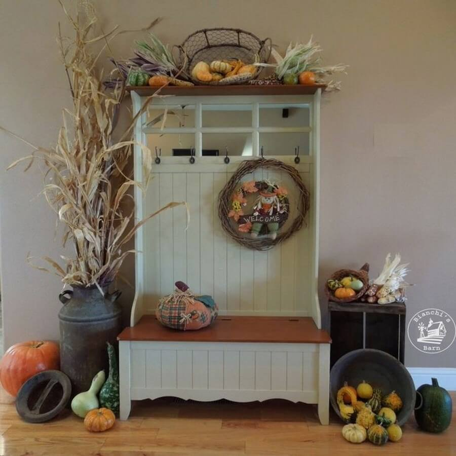 Fall Decorating Ideas On Pinterest For Your Hallway: Cozy And Charming Autumn Decor Ideas For Your Hallway