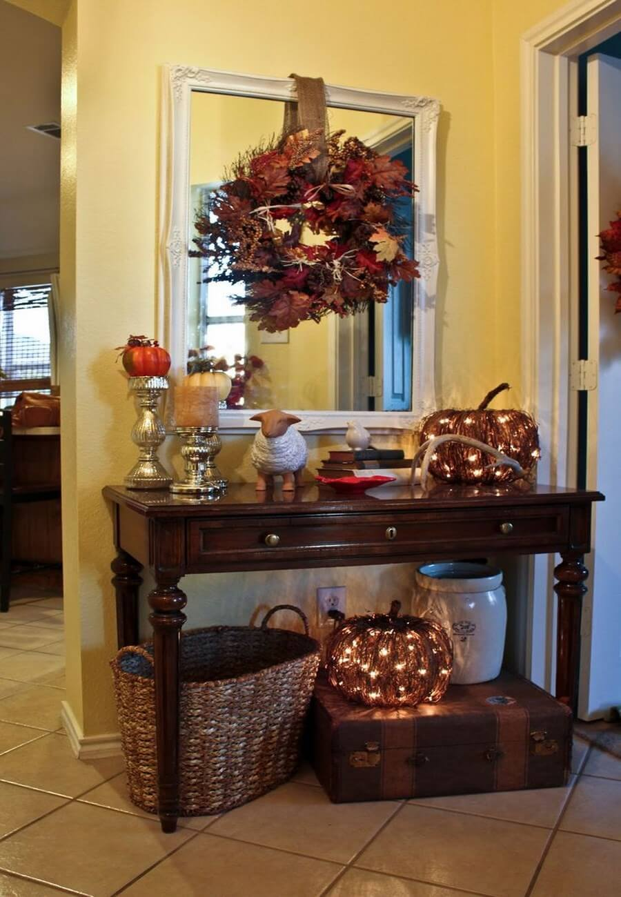 Warm And Cozy Dining Room Moodboard: Cozy And Charming Autumn Decor Ideas For Your Hallway