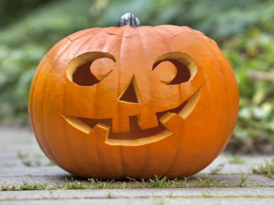 Clasic Jack-O-Lantern Pumpkin