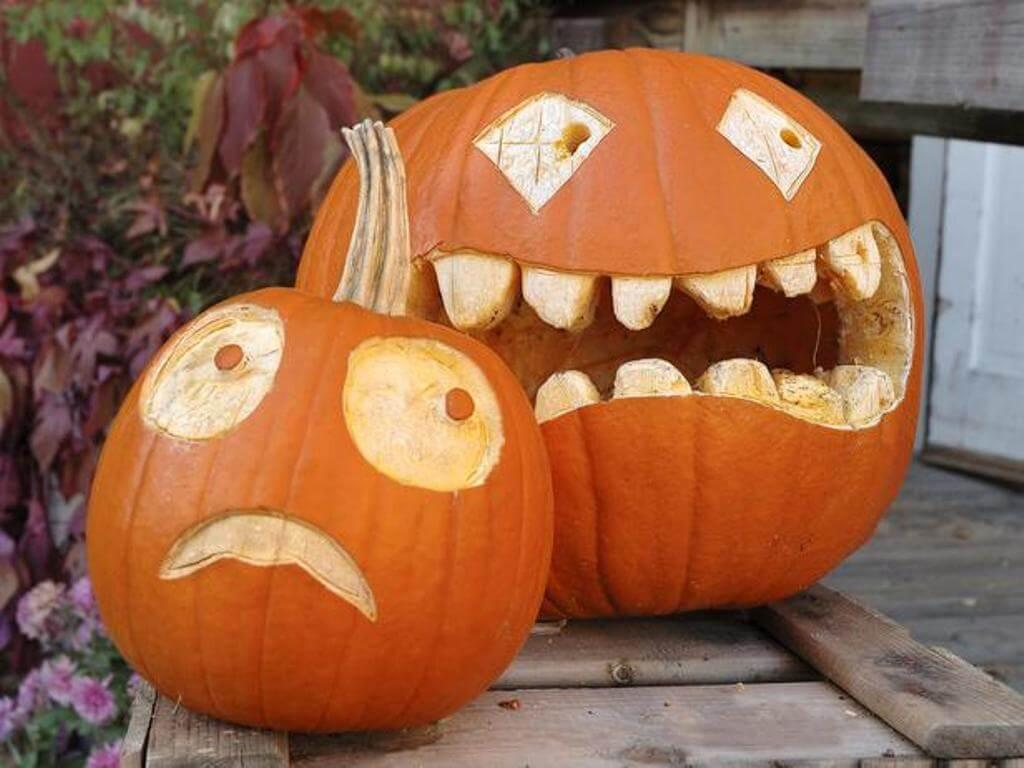 Hilarious Jack-O-Lantern Pair