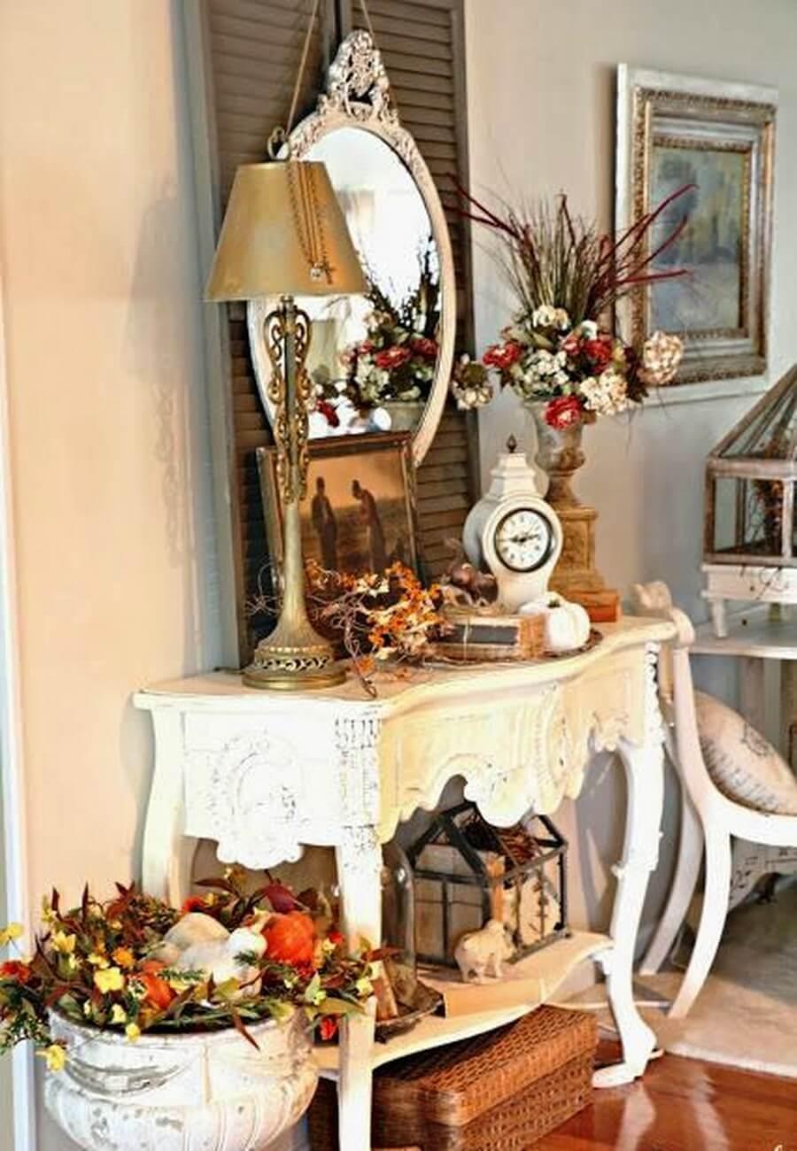 Fall table display in hallway