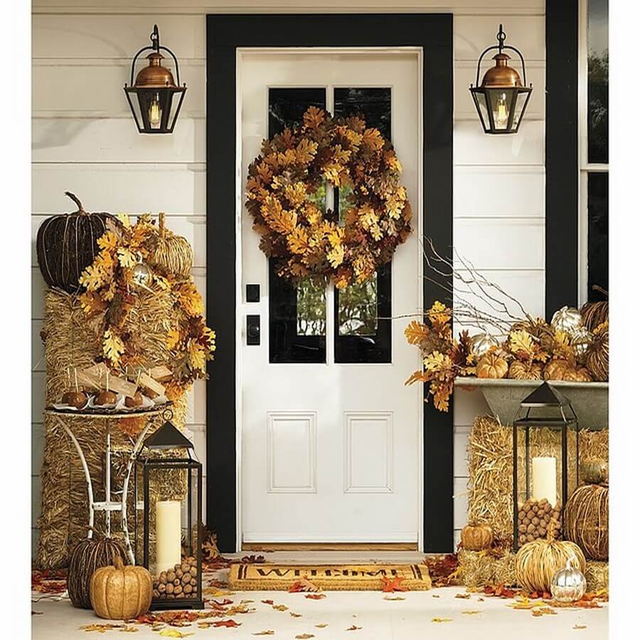 hay-themed front porch decorations