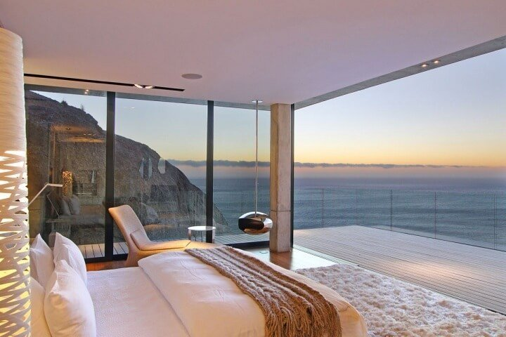 Charming Bedroom With Ocean View