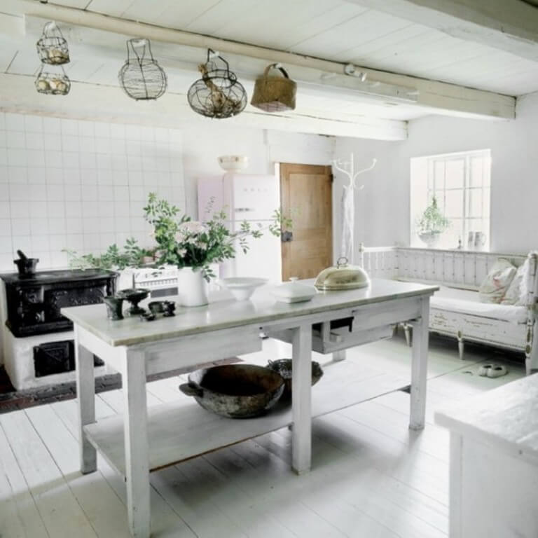 12 rustic scandinavian kitchen design ideas https for Scandinavian farmhouse plans