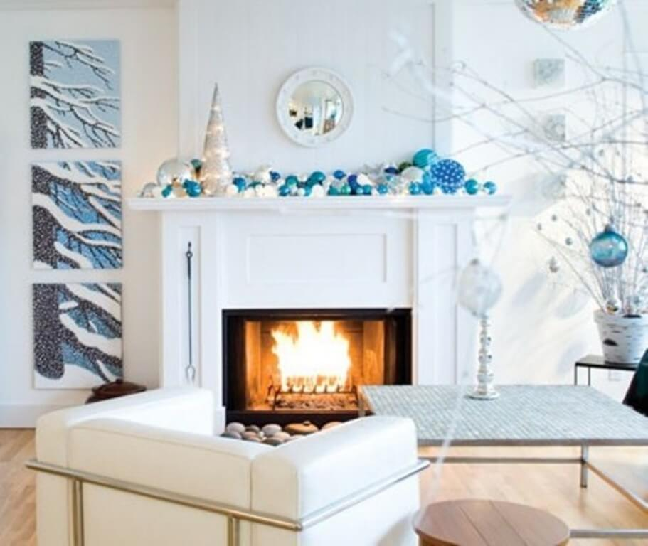 12 dreamy and festive christmas fireplace mantel decor for Modern christmas decor
