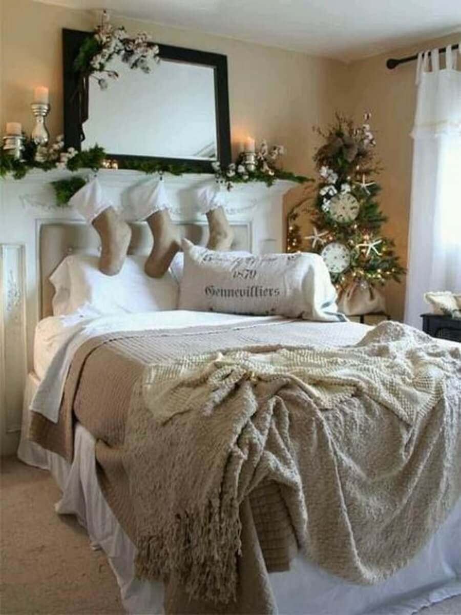 Adorable Christmas bedroom decor with stockings and tree
