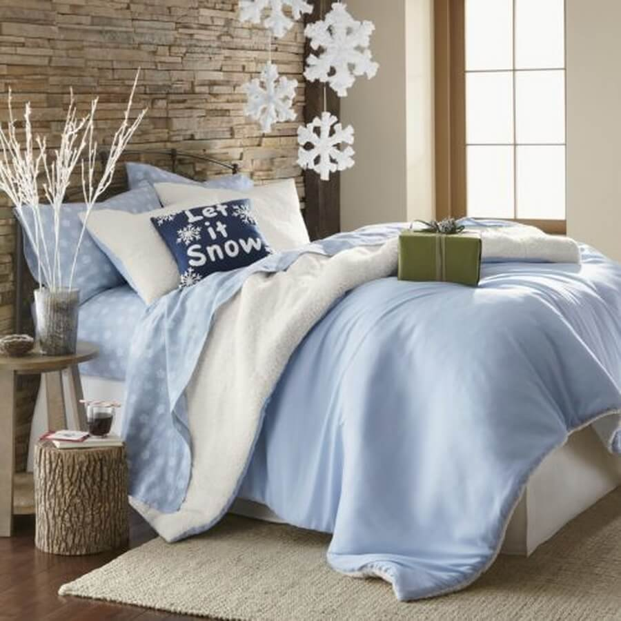 Blue let is snow themed bedroom