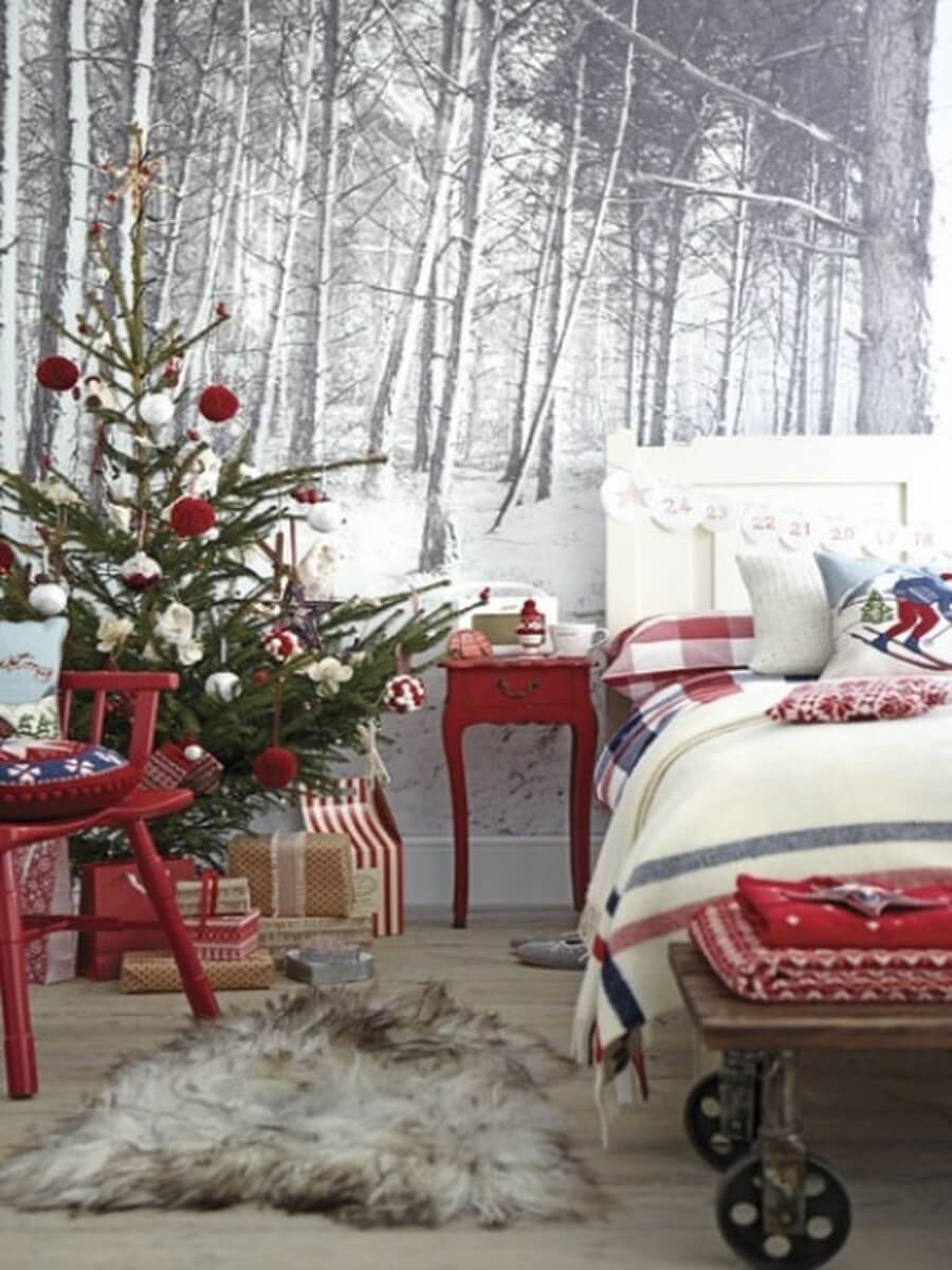 Christmas fairytale themed bedroom decorations