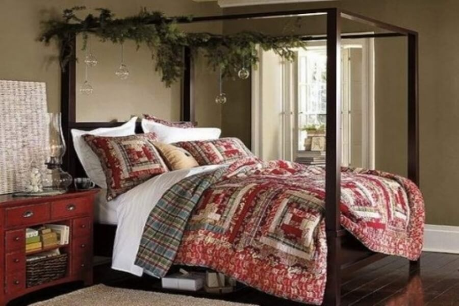 Simple Christmas bedroom decor with plants and blanket