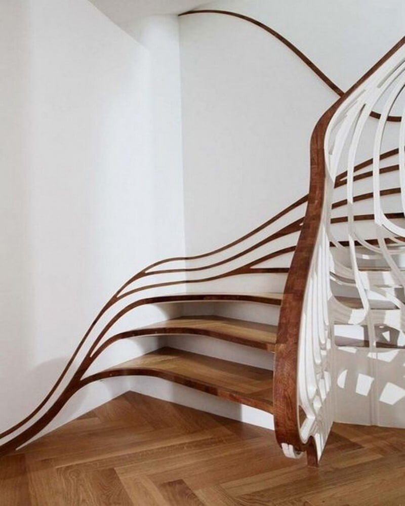 Organic wooden swirl staircase