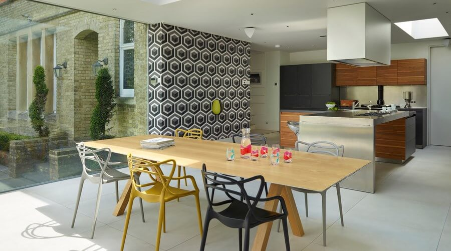 Geometric Wallpaper in 8 Bold Dining Room Designs - https ... - photo#21