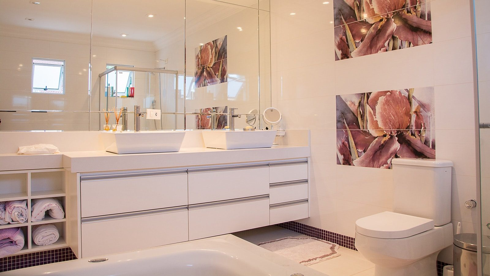 5 Clever Ideas to Save Bathroom Space You can Use Right Now