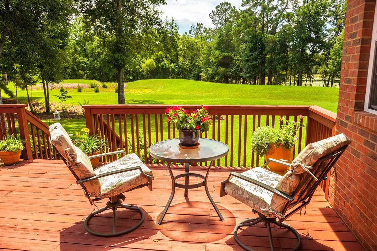 Composite vs Wood: Which Is the Best Decking Material?