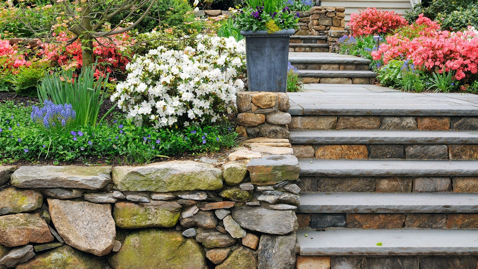 10 Hardscape Ideas to Help Transform Your Outside Space