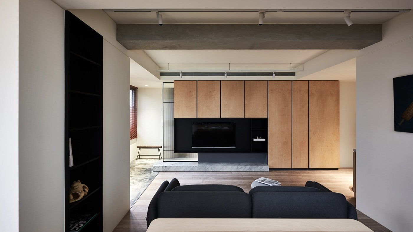 Minimalism, Functionality and Natural Materials Combined in this Beautiful Condo
