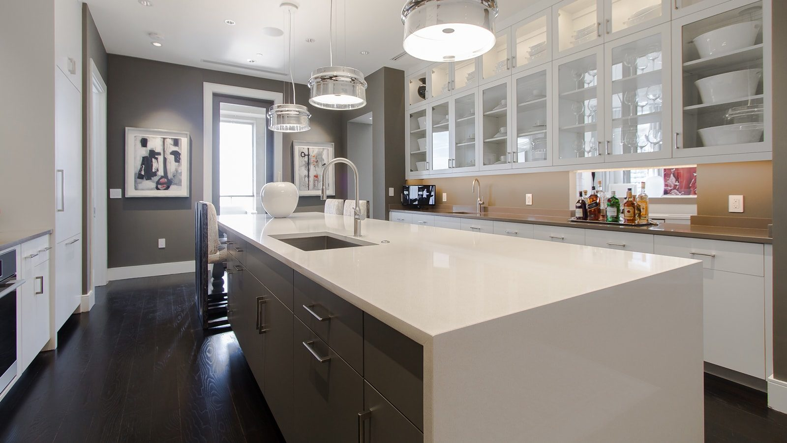 Beautiful kitchen with quartz countertops