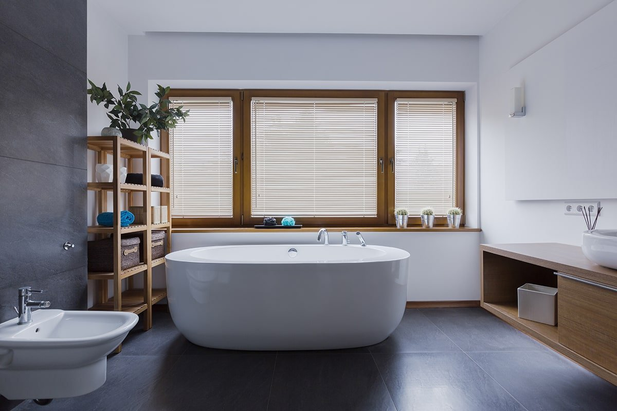 Beautiful modern bathroom with free-standing tub